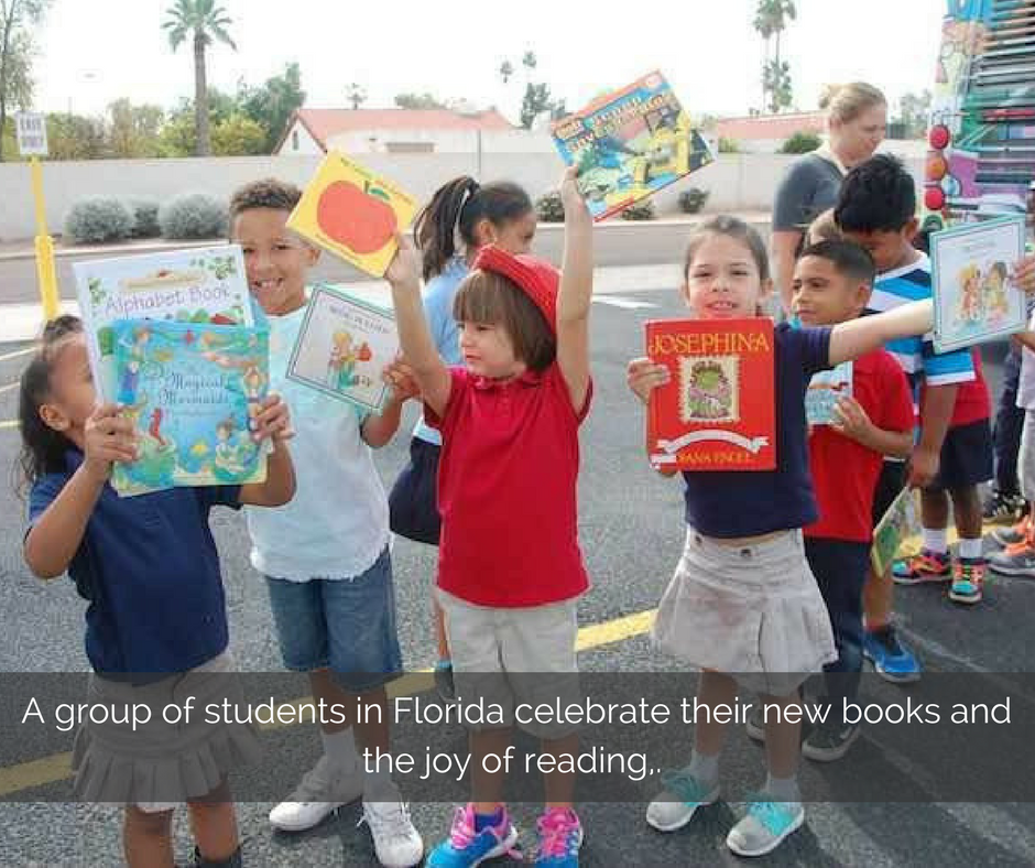 a-group-of-students-in-florida-celebrate-their-new-books-and-the-joy-of-reading
