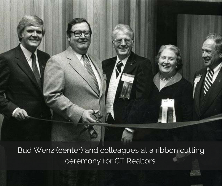 bud-wenz-center-and-colleagues-at-a-ribbon-cutting-ceremony-for-ct-realtors